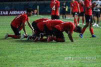 [아시안게임] '답답한 90분' 한국, 말레이시아에 1-2 충격패 '16강 확정 실패'