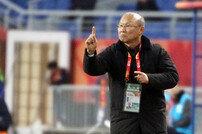 [아시안게임] 박항서의 베트남, 일본에 전반 1-0 리드