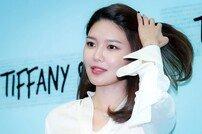 [연예뉴스 HOT③] 수영, 악플러 상대 법적대응 예고