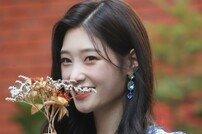 """[DA:인터뷰②] 다이아 정채연 """"'프듀48' 원픽 있지만 마음으로 응원"""""""