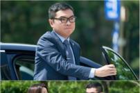 [DA:클립] '나인룸' 임원희, 김희선 바라기 등극…선후배 케미 甲
