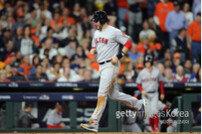 [ALCS 5] BOS, WS 보인다… 마르티네스 선제 1점 홈런