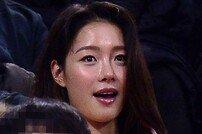 [포토] 김선형 아내 '남편 응원왔어요'