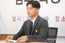 [화보]더 이스트라이트 이석철 멤버 폭행 피해 기자회견 열어