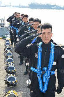 [화보] 해군SSU, 포화잠수 1만 시간 무사고 달성