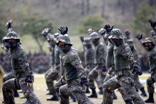 육군 35사단, 창설 61주년 기념식…'기동대원의 격파술'