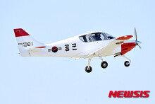 KAI, 공군 비행실습용 훈련기 'KT-100' 첫 인도