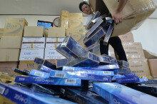 담배 8만갑 밀수한 조폭 검거… 시가 4억원어치