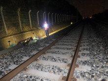 지진 연착된 KTX에 선로작업 중이던 2명 치여 사망