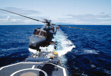 동해서 해군 작전헬기 1대 추락…조종사 등 3명 실종