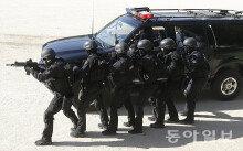 [화보] 대테러 진압 시범 보이는 경찰특공대