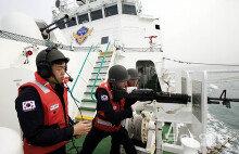 '불법 中어선 함포사격 허용'에 韓-中 외교갈등 조짐