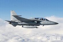 첫 국산 경공격기 'FA-50' 60여대 공군 인도 이달 완료