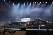 미국서 국산 고등훈련기 'T-50A' 첫 시험비행 성공