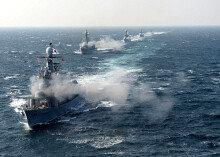 """""""적 잠수함 격침""""… 해군, 새해 첫 해상기동훈련"""