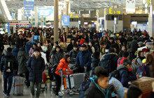 출국객들로 북적이는 인천공항 출국장