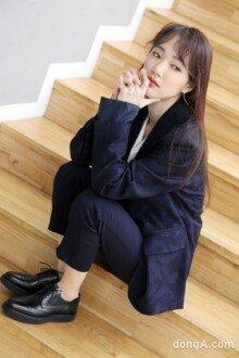 [Before the Stage]손수현, '완벽한 수트핏'으로 완성된 숙녀의 품격