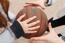 """[스타취미-이태선]남사친에게 배우는 농구""""어렵지않아요"""""""