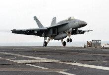 '떠다니는 군사기지' 미 7함대 조지워싱턴 항공모함(CVN73)