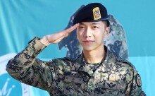 팬들 축하 속 이승기 만기 전역