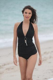 줄리아 페레이라, 관능적인 여신 몸매