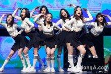 CLC, 'BLACK DRESS' 쇼케이스