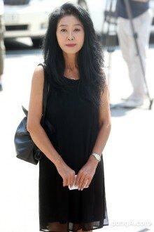 [화보]분당경찰서 출석하는 김부선