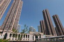 서울 분양가 1년새 4.1% 올랐는데… 집값은 19% 뛰어