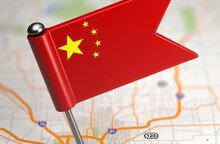 명품 브랜드 중국화 바람 거세다...중국 품에 안긴 1세대 명품 브랜드