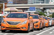 232억 투자한 '카카오 카풀' 택시 업계 반발에 연내 런칭 불투명... 규제만이 능사일까?