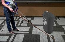 마이크로 소프트, 시각 장애인을 위한 '가상현실 지팡이' 개발