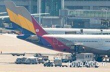 아시아나항공 'SK 인수설' 나온 이유… 악재 이어진 탓