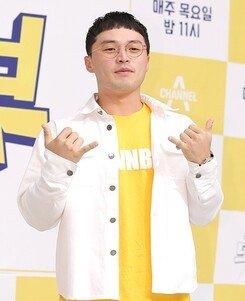 "[DA:이슈] 마이크로닷, 부모 사기 논란에 태세전환 ""강경대응→사과"" (종합)"