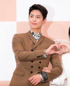 """[DA:현장] """"논란? 사라질 것""""…송혜교♥박보검 '남자친구'에 거는 기대(종합)"""