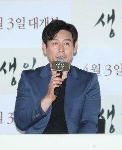 "[DA:현장] ""140416, 그날 이후""…'생일' 설경구X전도연, 잊지 않겠다는 다짐 (종합)"