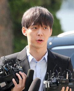 """[DA:이슈] 박유천 모근채취 """"증거인멸NO""""+마약 거래 CCTV '반박' (종합)"""