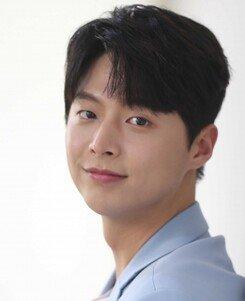 """[루키인터뷰: 얘 어때?②] 임현수 """"정해인 팬 카페 출신, '봄밤'으로 꿈 이뤄"""""""