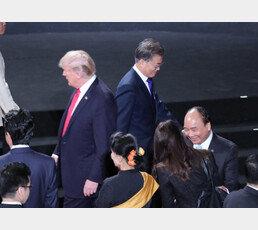 """트럼프의 '조용한 전쟁 준비'…""""주한미군의 가족동반 금지됐다"""""""