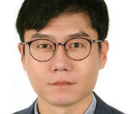 대륙 인민들 숨통 터준 중국 여기자의 '눈흘김 사건'