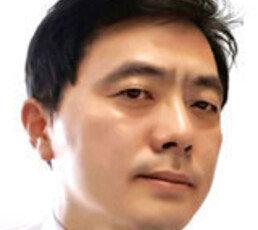 [오늘과 내일/이기홍]네이버가 증식시킨 익명의 '찌질이'들