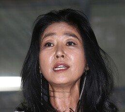 """김부선 """"내 딸 이미소 해외로 떠나…다 잃어, 더 잃을 명예도 체면도 없다"""""""