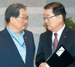 [단독]김정은 비핵화 의지 안믿는 美… 대북특사로 뛴 정의용에도 불만