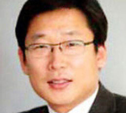 [송평인 칼럼]관심종자 김용옥, 學人 최장집