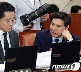 """'사보임 논란'…유승민·안철수계 """"손학규·김관영 사퇴하라"""""""
