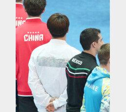 개최국 망신 'KOREA 빠진 유니폼' 뒷말… 글로벌 명성 후원사는 왜 이러나