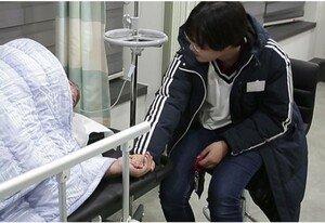 김성수 건강에 적신호…병원서 포착