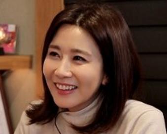 """양정아, 결혼 4년 만에 이혼…소속사 """"연기자로 열심히 활동할 것"""""""