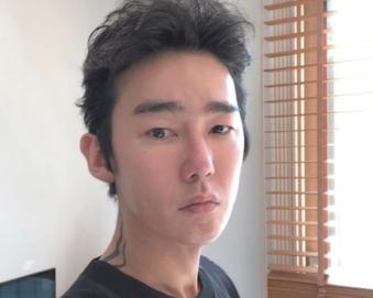 """허지웅 성형 의심 누리꾼들, 악성림프종 투병 소식에 """"오해 미안"""" 사과"""