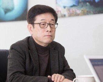 """미세먼지 전문가 장재연 교수 """"웬만하면 마스크 벗어라…마스크가 몸에 더 해롭다"""""""