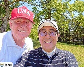 """산케이 """"트럼프, 아베에게 北비핵화 관련 한국 대응에 곤혹감 전달"""""""